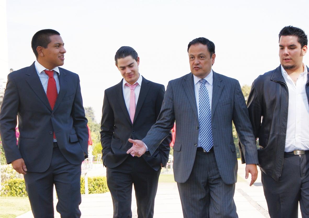 estudiantes de finanza en la anáhuac méxico