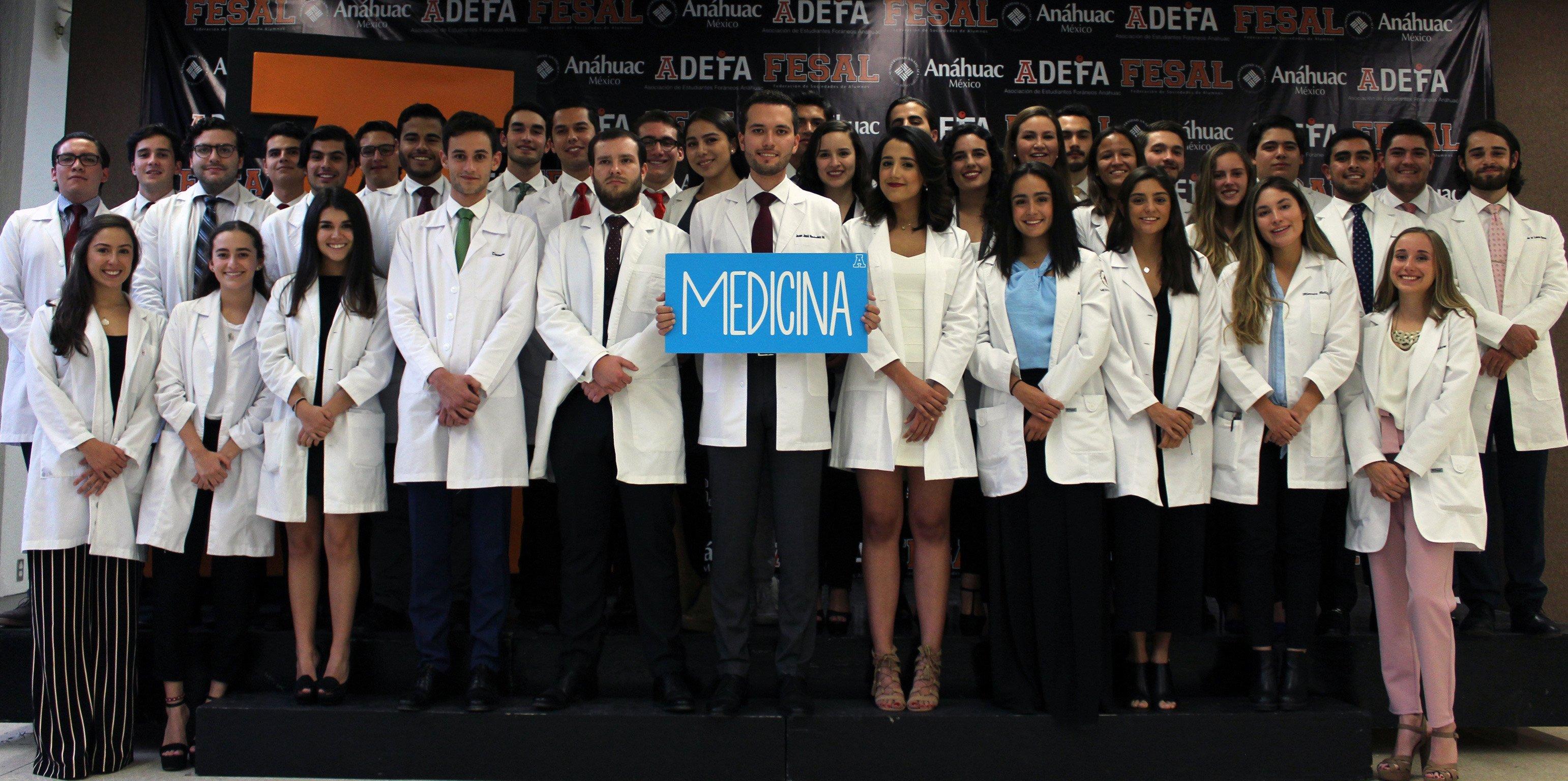 estudiantes de medicina anáhuac méxico